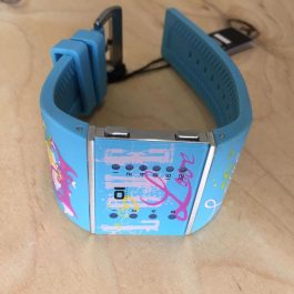 Стильные наручные часы 01TheOne Slim Square slsl136b3